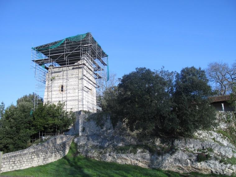 Torre de Estrada en Val de San Vicente Cantabria