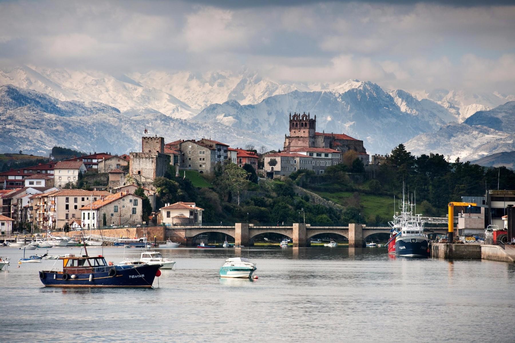 Resultado de imagen de San Vicente de la Barquera, Cantabria