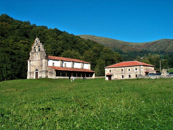 Fiesta En La Pradera Turismo De Cantabria Portal Oficial De Turismo De Cantabria Cantabria España