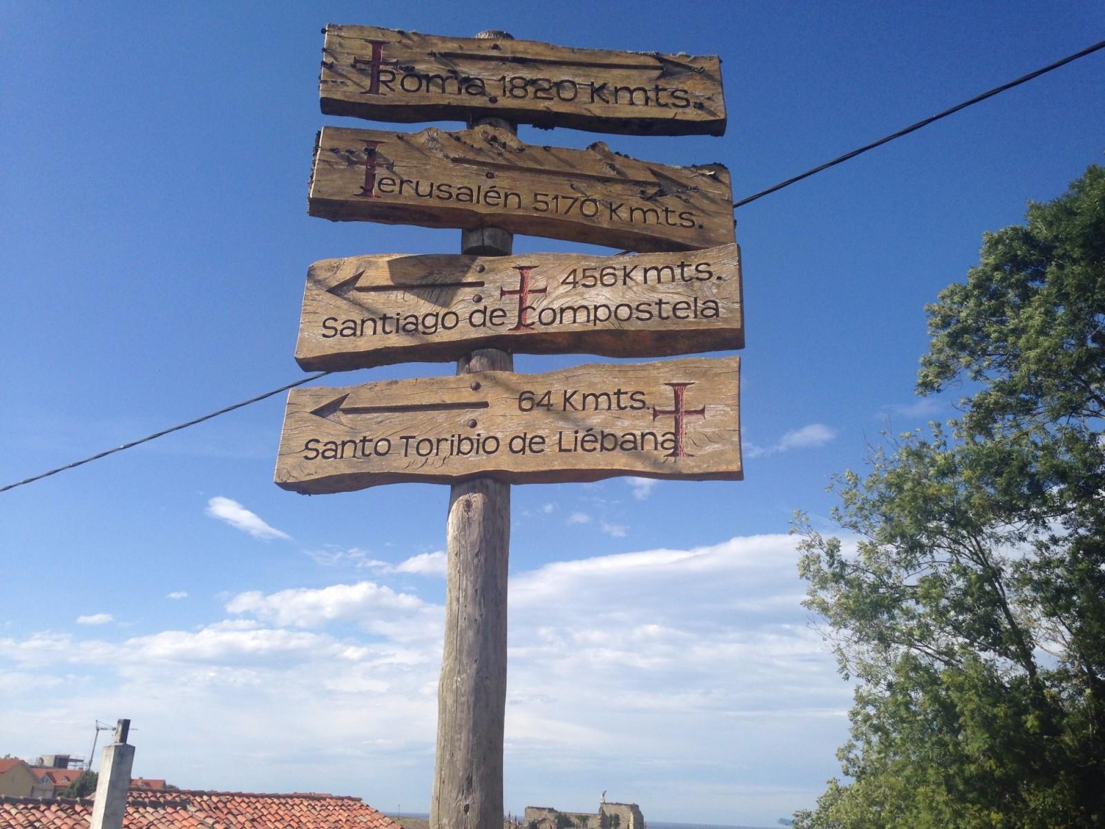turismo cantabria - camino lebaniego - año jubilar lebaniego - señalética - otoño 2017