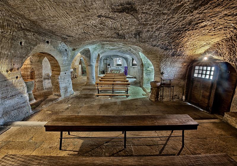 Iglesia rupestre de Santa María de Valverde - Turismo de Cantabria ...
