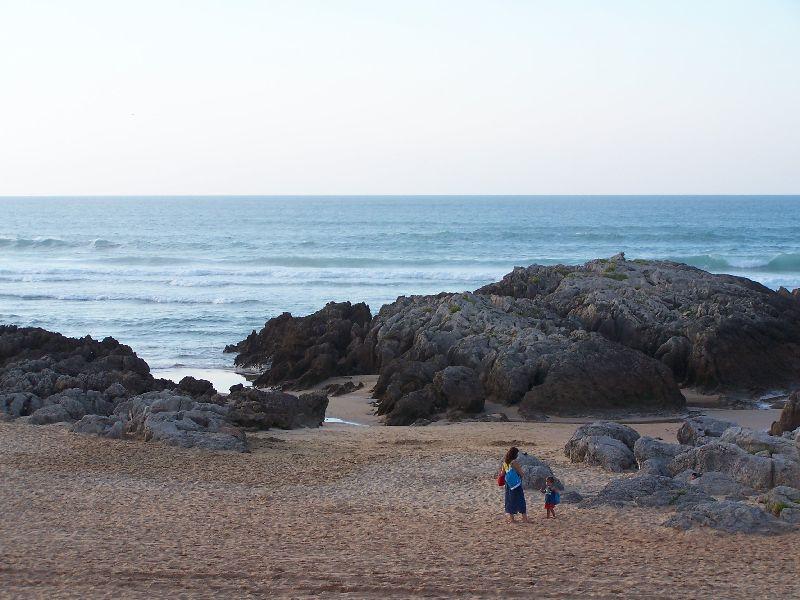 Resultado de imagen para playa de valdearenas